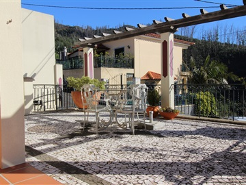 Apartment Floor Dwelling T3 / Funchal, Monte