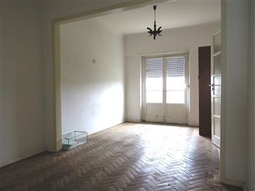 Apartment T2 / Lisboa, Beato