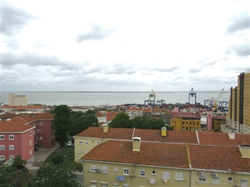 Apartment T3 / Lisboa, Beato