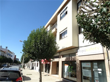 Apartment T4 / Ovar, S. Miguel