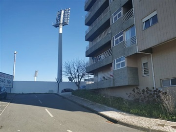 Appartement T2 / Marco de Canaveses, Fornos