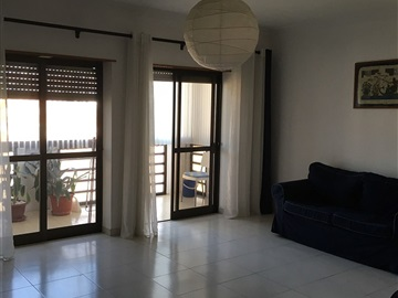Appartement T4 / Almada, Pragal/Almada