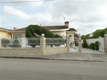 Detached house T3 / Ovar, Maceda