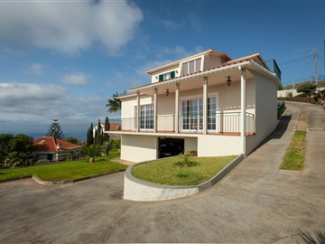 Detached house T3 / Santa Cruz, Garajau