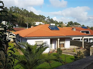 Detached house T3 / Santa Maria da Feira, Sanguedo