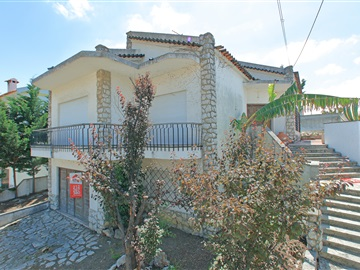 Detached house T3 / Seixal, Cruz de Pau