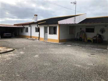 Detached house T3 / Sintra, Fachada