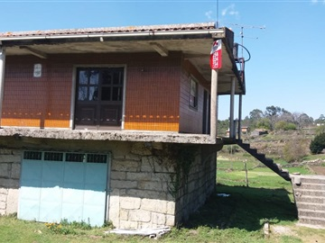 Detached house T3 / Vale de Cambra, Junqueira