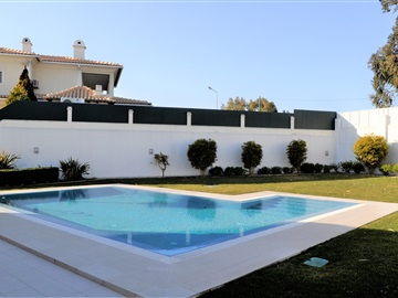 Detached house T5 / Almada, Vale Flores de Cima