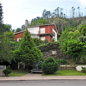 Detached house T5 / Amares, Caldelas, Sequeiros e Paranhos