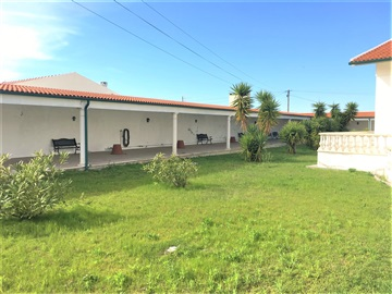 Detached house T7 / Figueira da Foz, Lavos