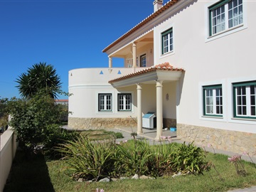 Detached house T7 / Peniche, Lugar da Estrada
