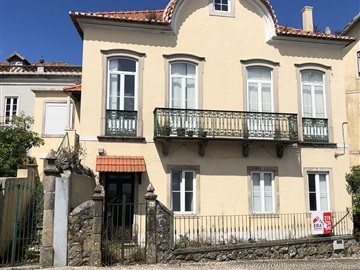 Detached house T8 / Sintra, Sintra