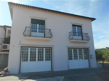 House T4 / Tomar, Asseiceira