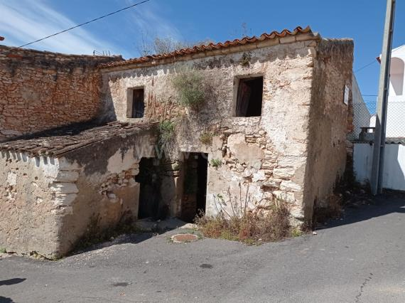 Plot with ruin T1 / Albufeira, Paderne