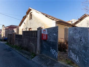 Semi-detached house / Sintra, Sintra