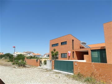 Semi-detached house T3 / Murtosa, Torreira