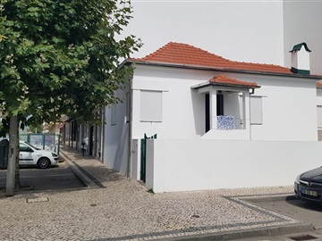 Semi-detached house T3 / Ovar, Furadouro
