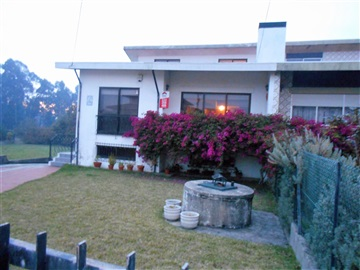 Semi-detached house T3 / Santa Maria da Feira, Nogueira da Regedoura