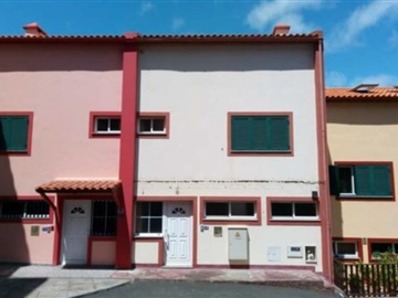 Semi-detached house T4 / Santa Cruz, Gaula