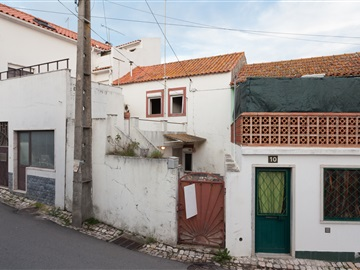 Terraced house T2 / Sintra, Colares