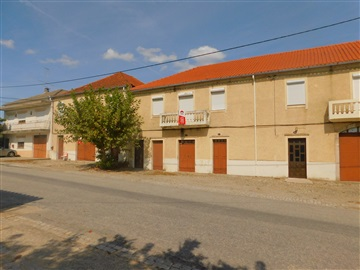 Terraced house T3 / Belmonte, Belmonte