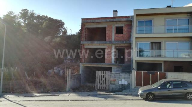 Terraced house T3 / Braga, Aveleda