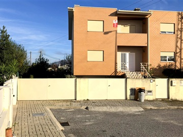 Terraced house T4 / Amares, Amares e Figueiredo